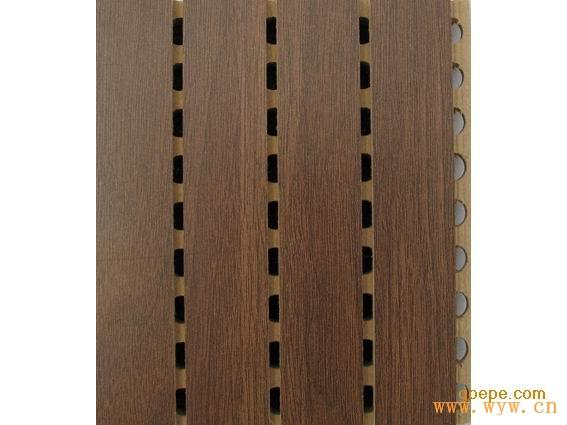 类别:     0                   图片简介:供应百色现货槽木板装饰