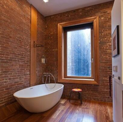衛生間設計 用石塊打造出隨心野性的潔浴空間