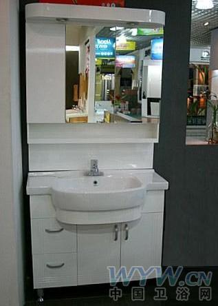 材质评测:进口红橡木板+pvc板材      惠达hdfl185浴室柜整体