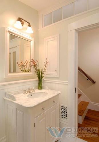 纯白色的洗手间装修效果图 独爱这一片清爽的美