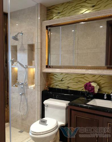 鹅卵石的装饰,带给洗手间装修效果图一种大自然的