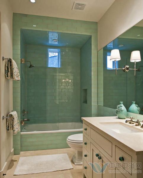 小户型卫生间 漂亮瓷砖贴出现代时尚浴室