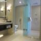供应酒店淋浴加胶钢化玻璃